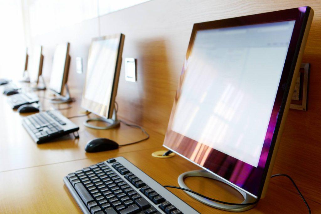 Desktop Computers at Women Business Center